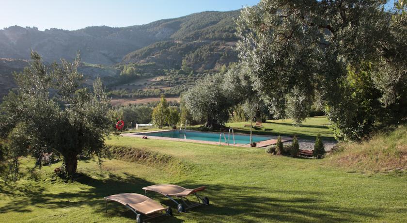 almunia del valle piscina