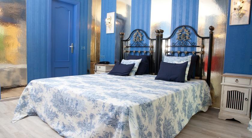 hotel con encanto en la playa costa marbella habitacion