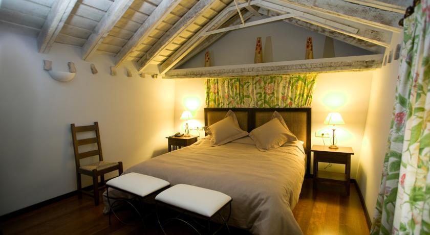 hoteles con encanto en madrid casa convento habitacion