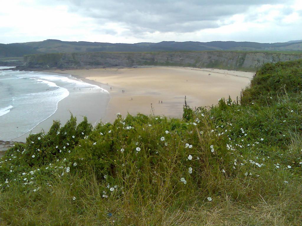 Las mejores playas del Cantábrico playa de Langre
