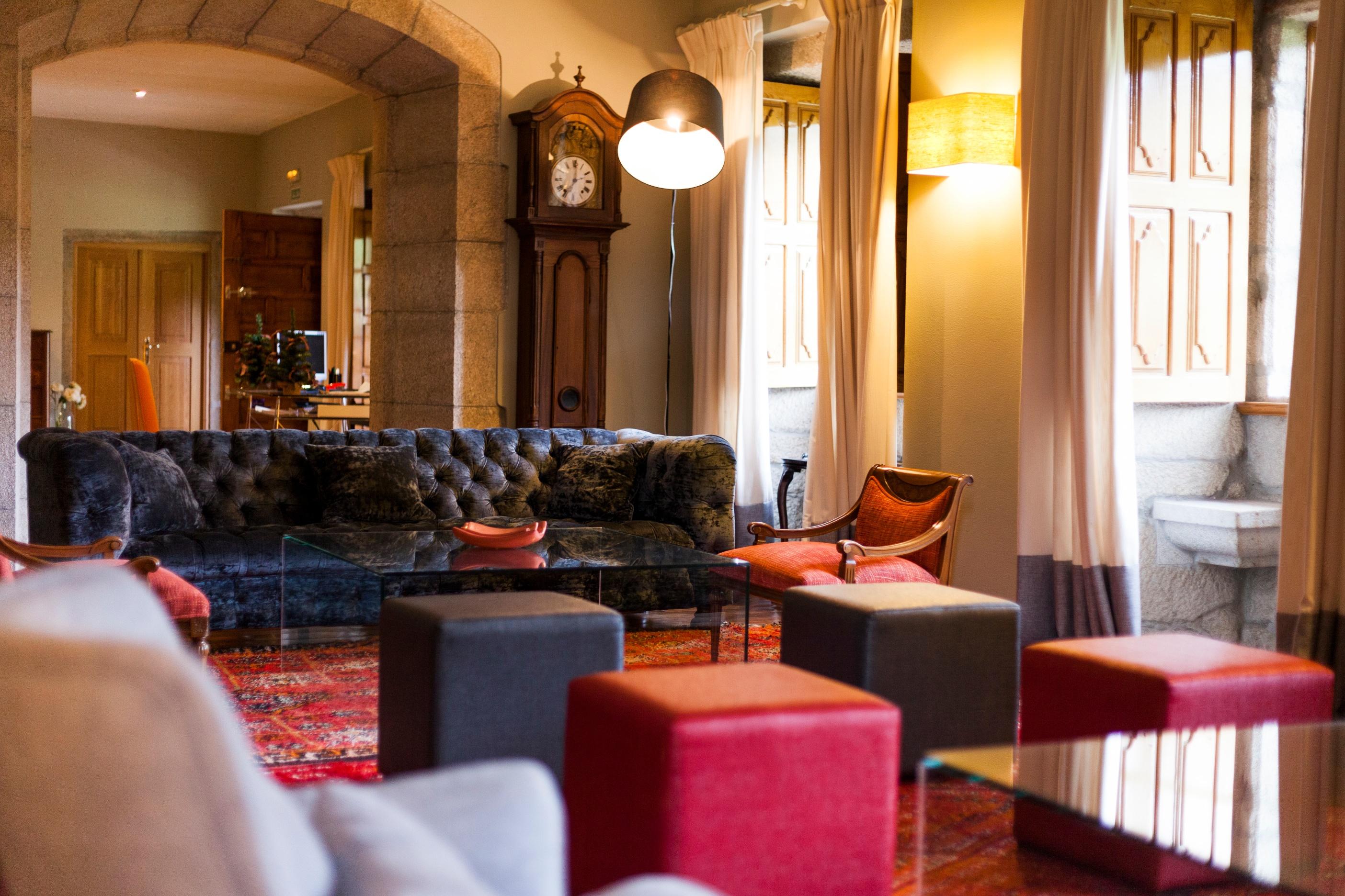 Hotel con encanto en islas cies pazo da touza salon