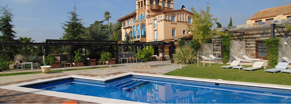 hotel con encanto con piscina en habitacion mas passamaner
