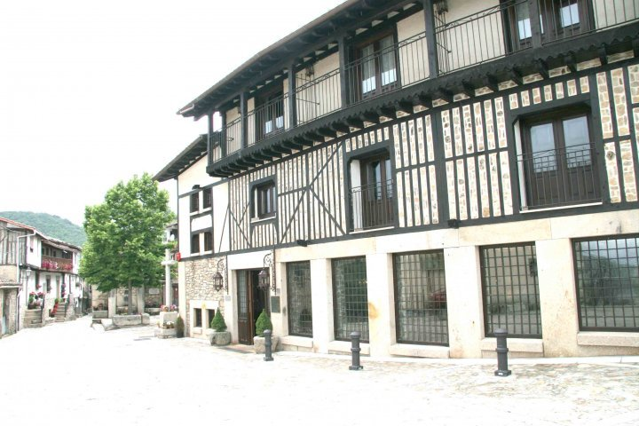 villa mogarraz