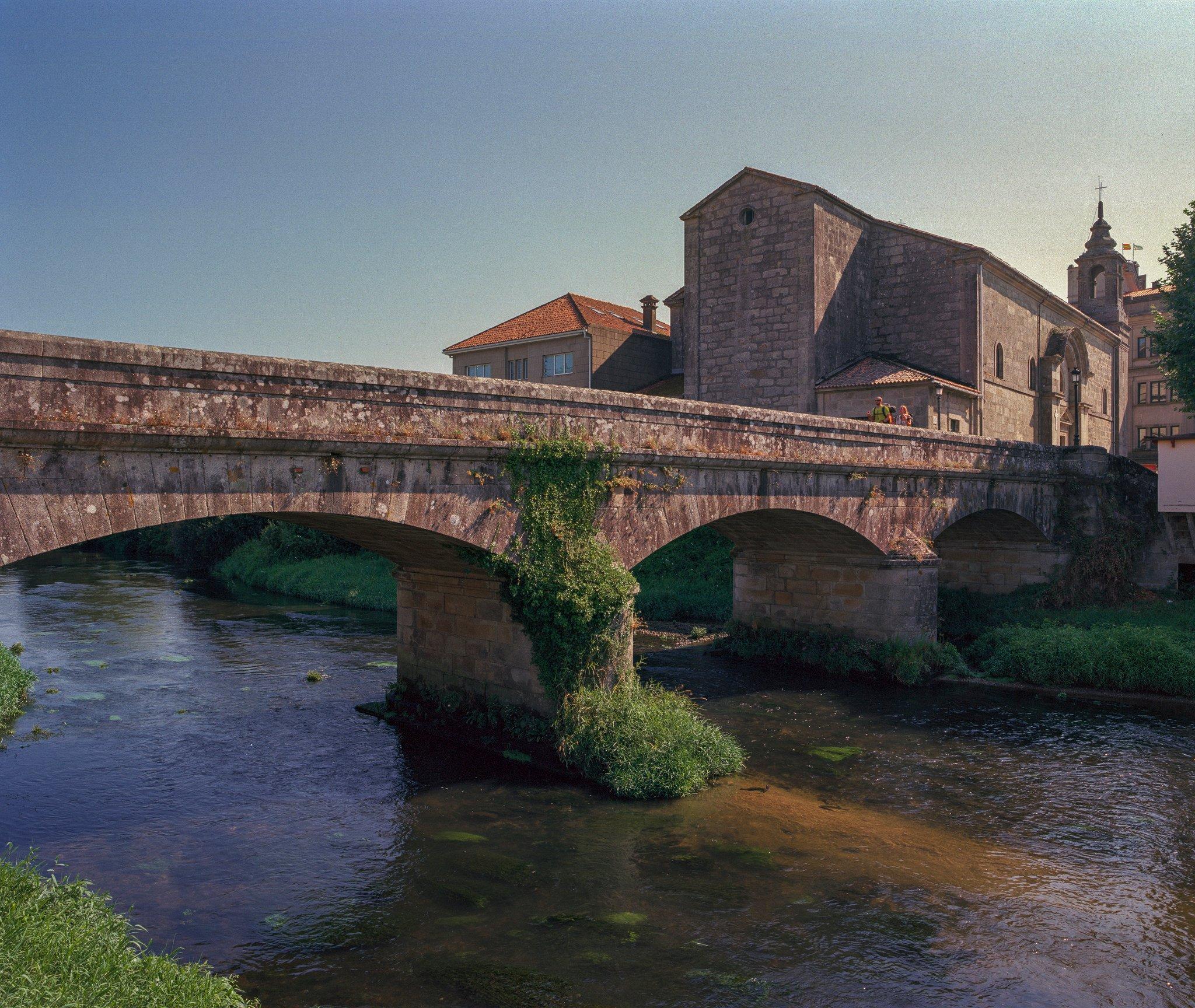 Puente Padrón y hoteles con encanto en Padrón