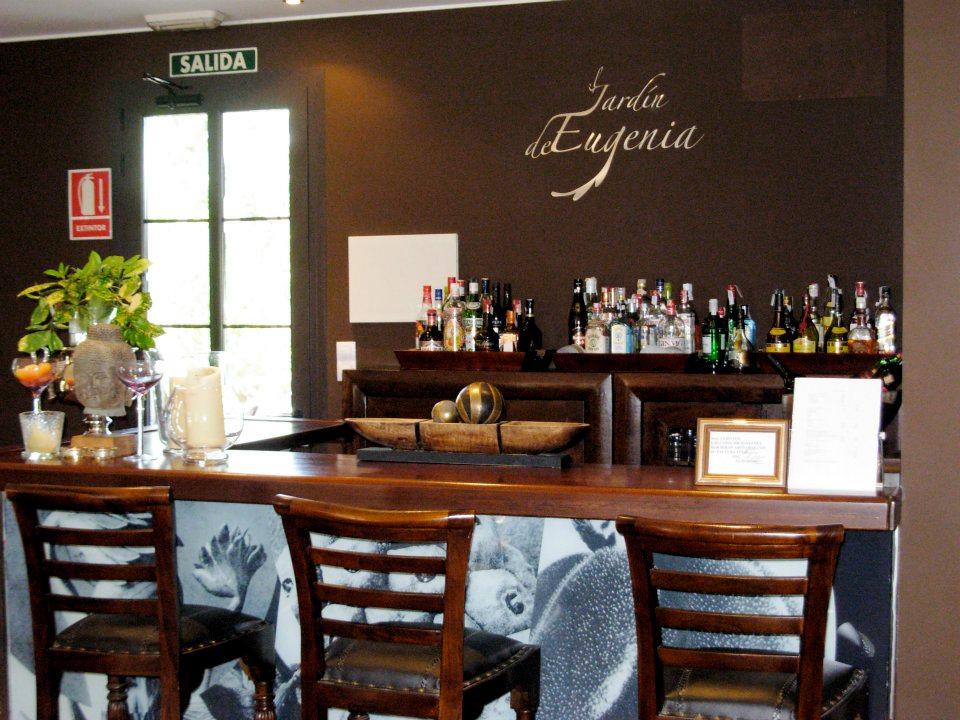 HOTEL CON ENCANTO EN RIBADESELLA EL JARDIN DE EUGENIA CAFETERIA