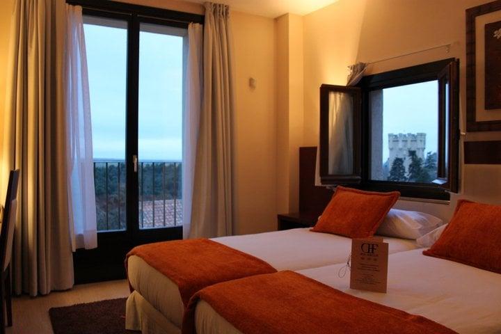 HOTEL CON ENCANTO EN SEGOVIA DON FELIPE HABITACION
