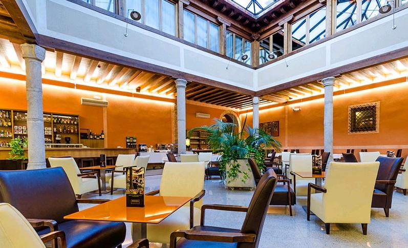 HOTEL CON ENCANTO EN SEGOVIA PALACIO SAN FACUNDO SALON