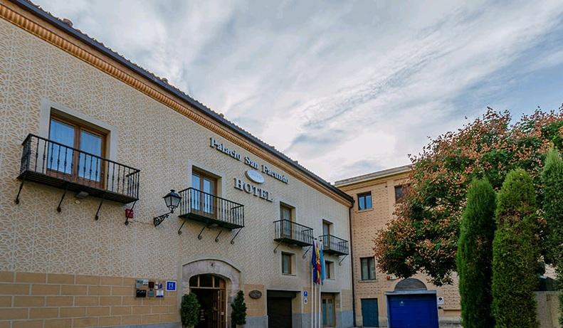 HOTEL CON ENCANTO EN SEGOVIA PALACIO SAN FACUNDO