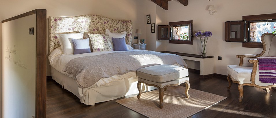 hoteles con encanto en la montaña el acebo de casa muria habitacion