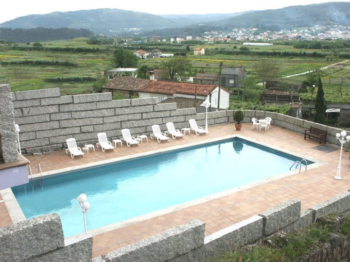 hotel con encanto en padron casa antiga do monte piscina