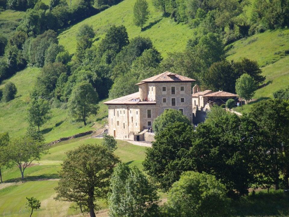 hotel con encanto en la montaña palacio de rubianes