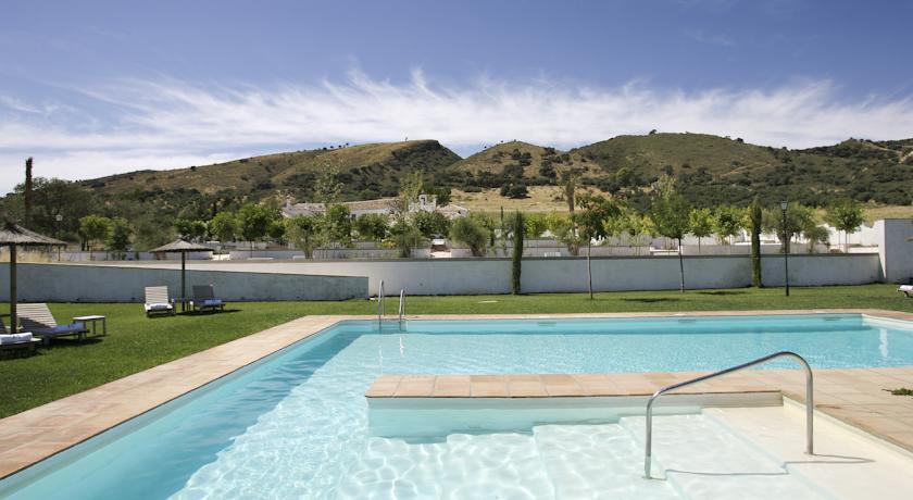 molino del arco hotel con encanto en ronda piscina