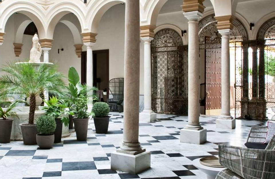 escapadas con encanto en sevilla palacio de villapanes - Escapadas Con Encanto