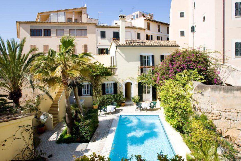 pequeños hoteles con encanto en ciudades