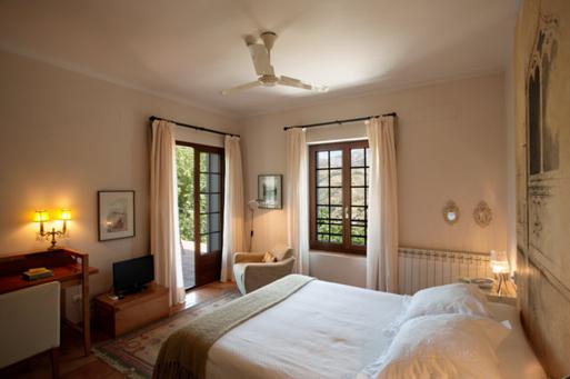 Hotel con encanto cerca de sierra nevada la almunia del valle habitacion