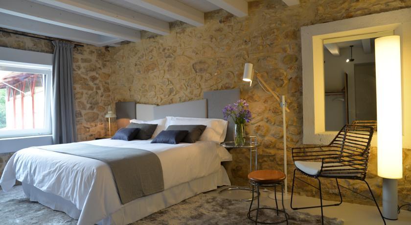 Top 5 escapadas deluxe en pa s vasco for Hoteles con habitaciones familiares en san sebastian