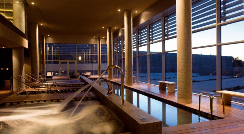 5 hoteles con encanto para adictos al p del for Hoteles con habitaciones familiares en san sebastian