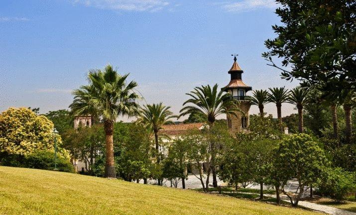 Hoteles con jardín la almoraima