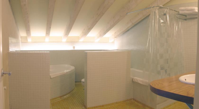 hoteles con encanto cerca de galizano baño