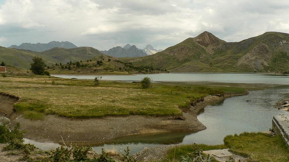 montañas del valle de tena