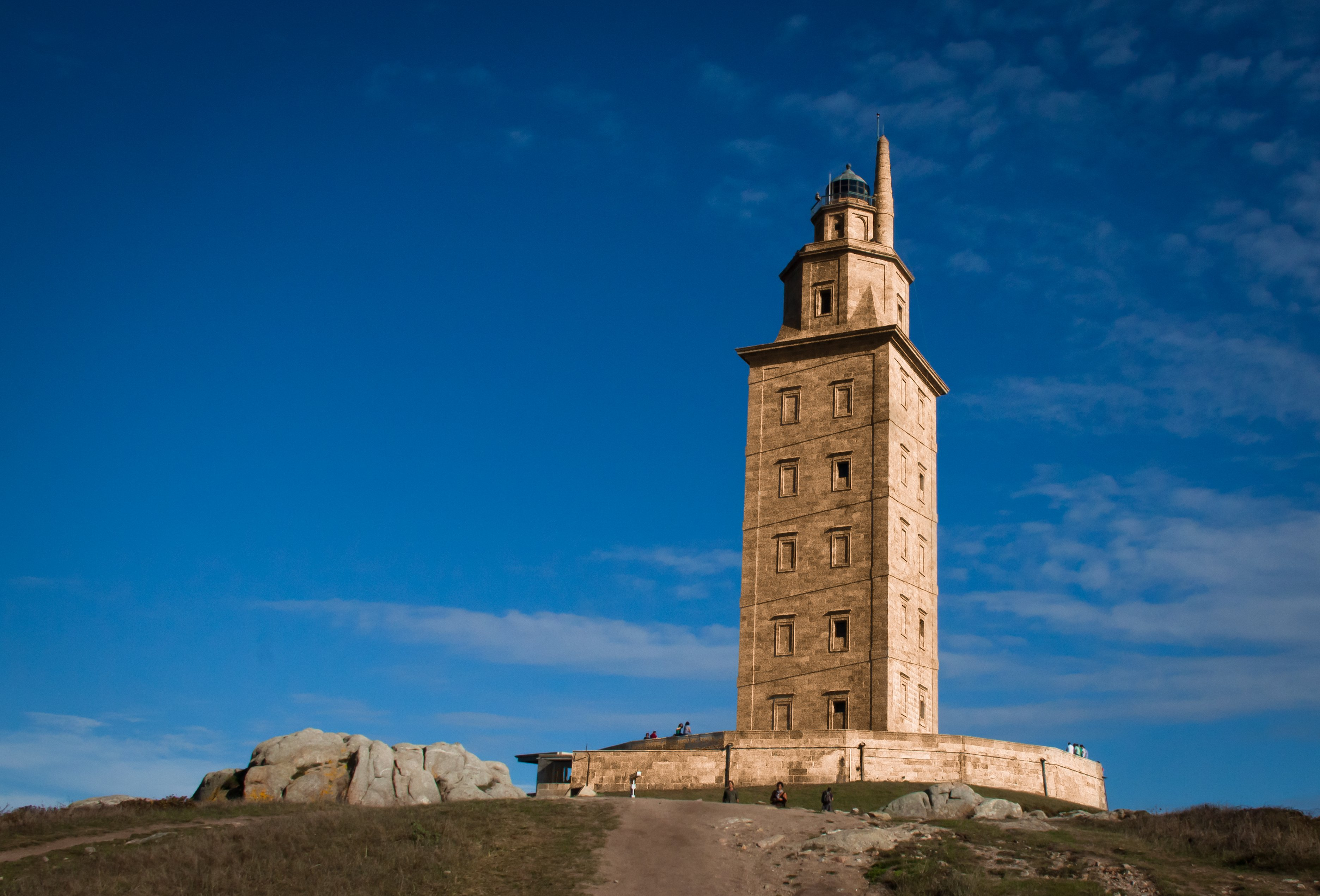 torre de hercules a coruña rutas rias altas