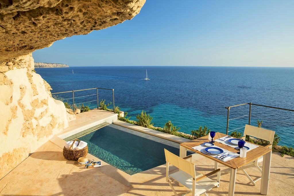 hoteles a pie de playa CAP ROCAT