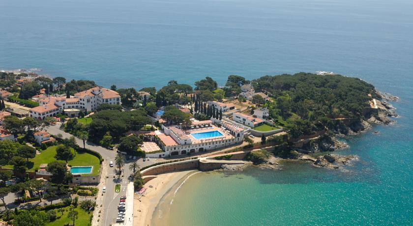 hoteles a pie de playa la gavina