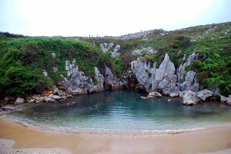 Gulpiyuri lugares imprescindibles asturias