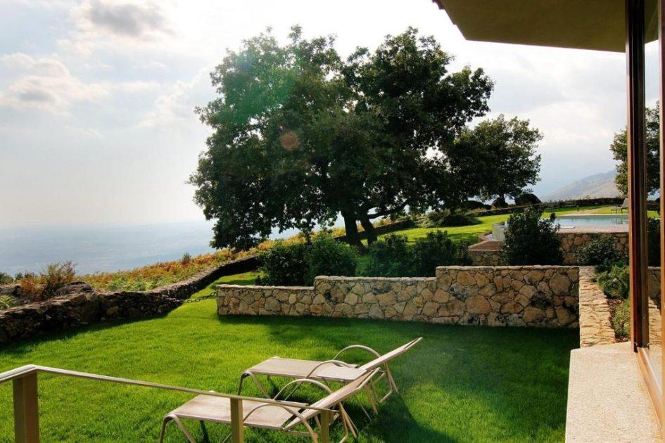 hoteles con jardin privado