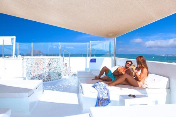 hoteles en la playa solo para adultos